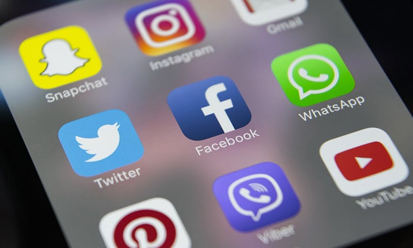 a smartphone screen displaying snapchat instagram gmail twitter facebook whatsapp pinterest viber and youtube apps