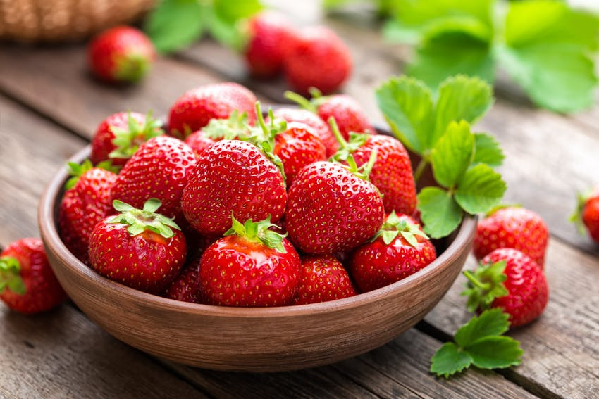 Foods that are good for your teeth - Strawberries