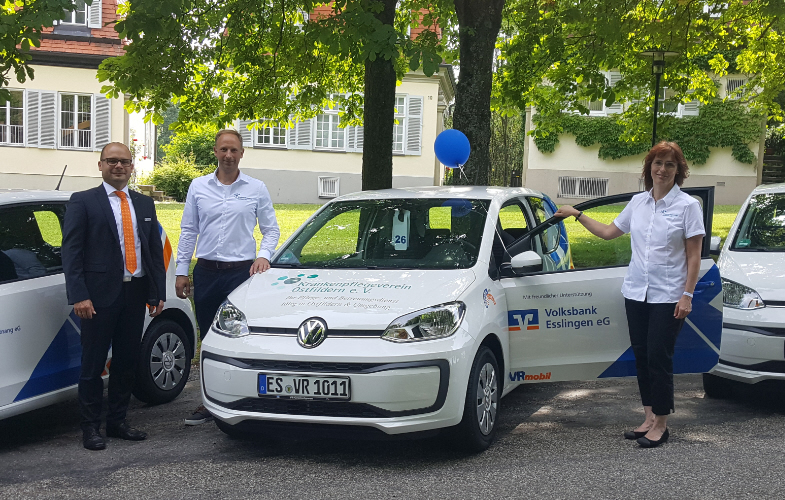 Volksbank Esslingen eG spendet ein VRmobil an den Krankenpflegeverein Ostfildern e.V.