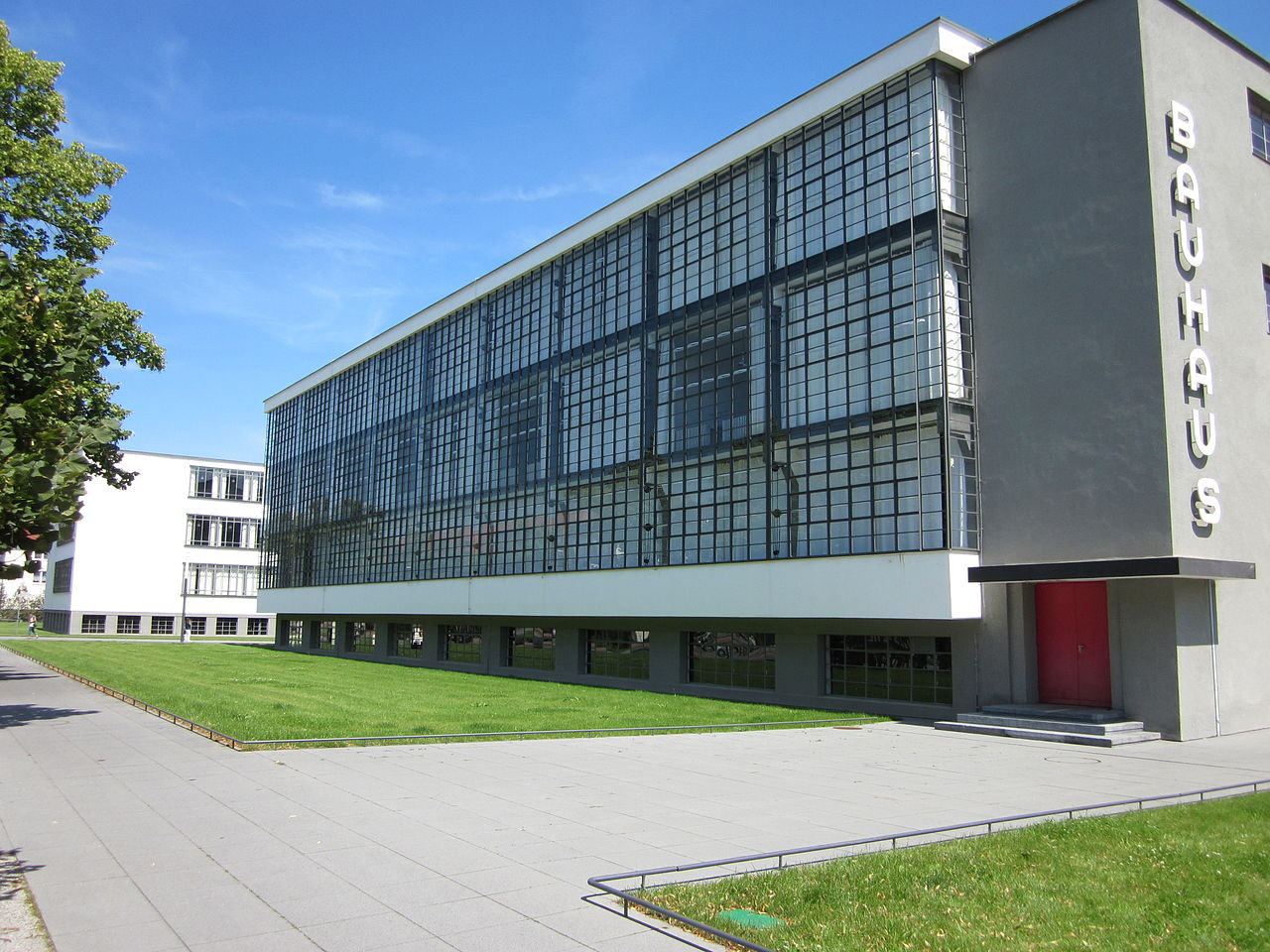 Discovering the Bauhaus