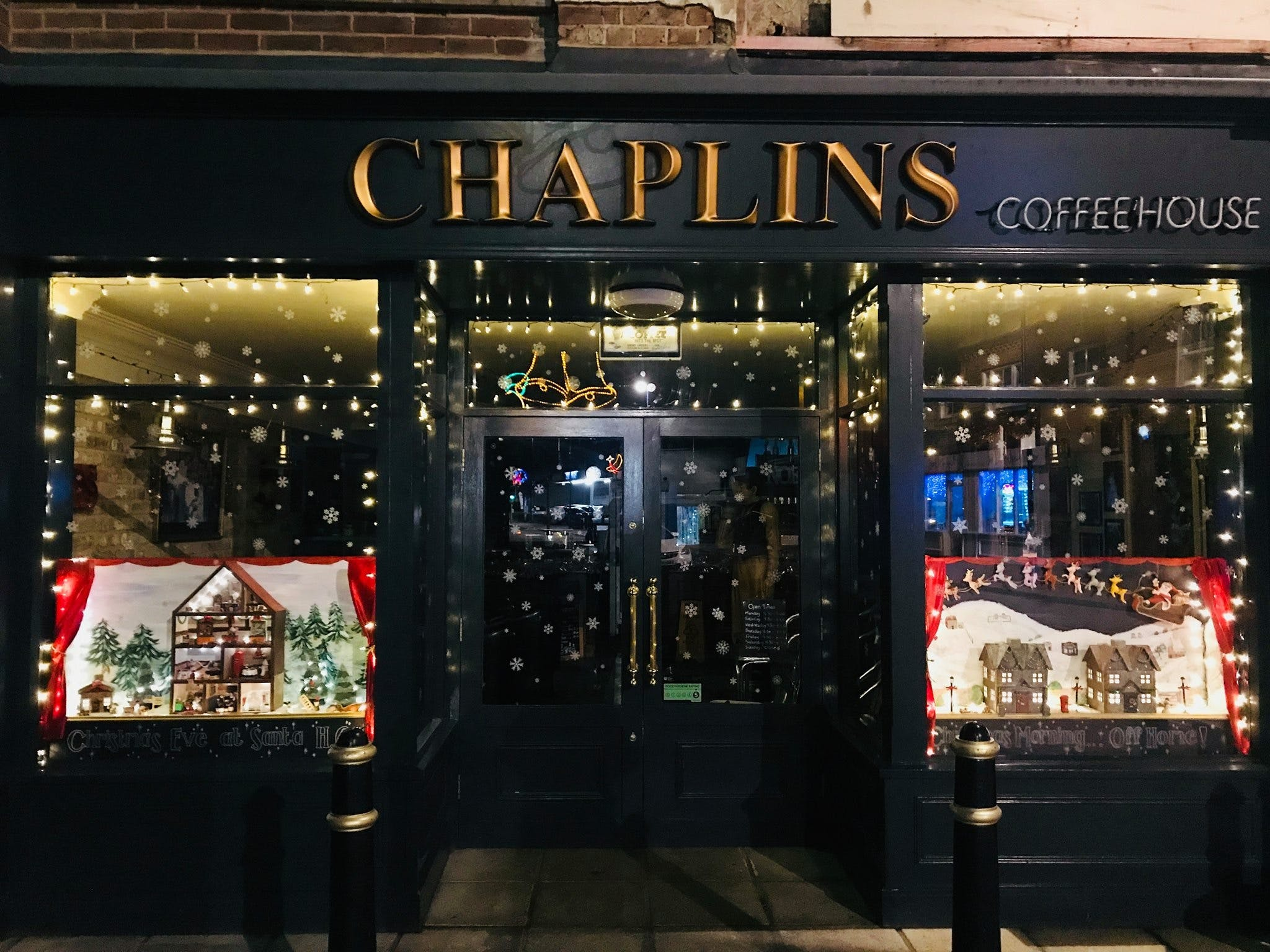 Front entrance to Chaplins Coffee House in Selsey dressed up for Christmas