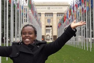 Keniaanse Emily (20) spreekt VN Mensenrechtenraad toe