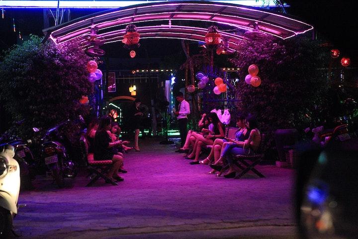 Een KTV bar in Cambodja