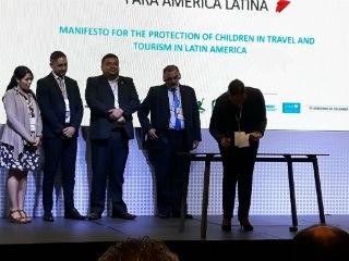 2018_06_08_colombia_scett_dtz_signing_action_plan_img-20180608-wa0033_320x240.jpg