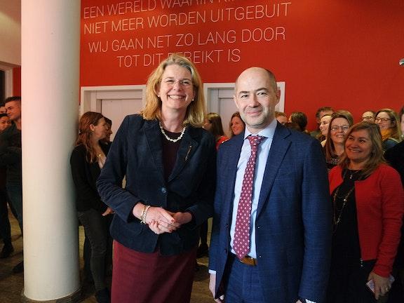 Burgemeester van Den Haag bezoekt Terre des Hommes