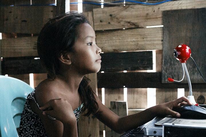 Webcamseks met kinderen steeds gruwelijker Terre des Hommes Filippijnen