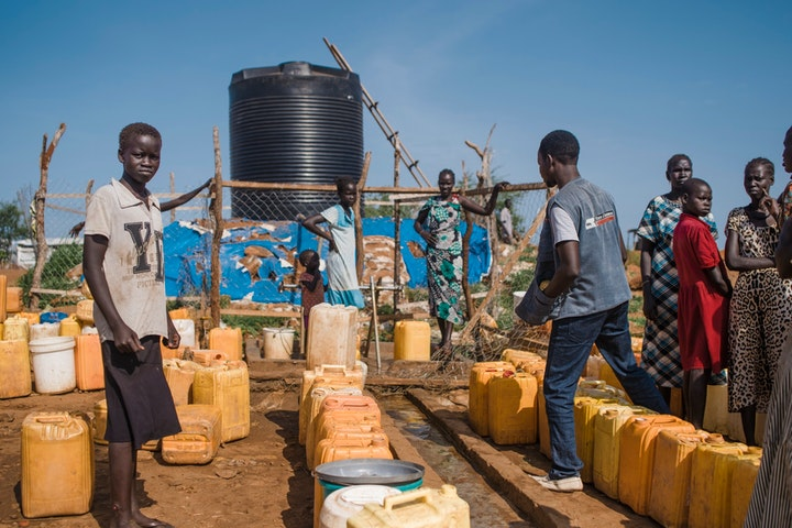 Bijna miljoen Zuid-Soedanezen naar Oeganda gevlucht: internationale actie nodig Ollivier Girard TdH Lausanne
