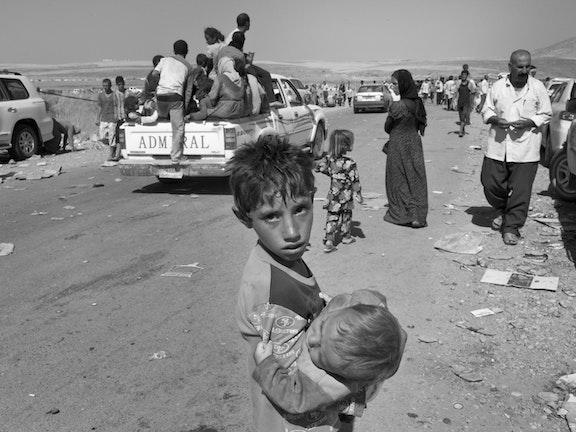 Gevluchte Iraakse kinderen lopen risico op uitdroging door stijgende temperaturen Terre des Hommes noodhulp Irak