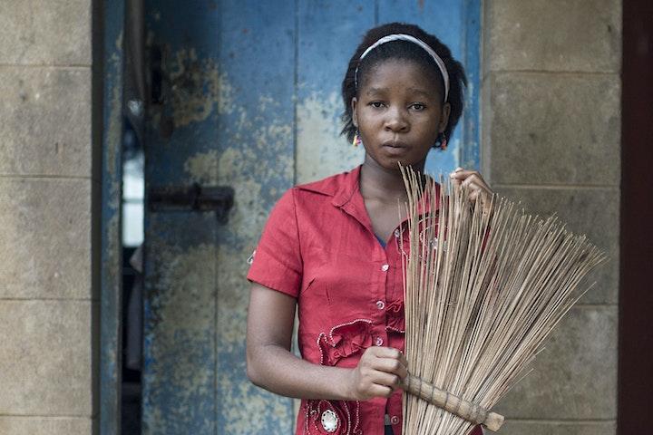 Kinderen eisen achterstallig loon op Terre des Hommes Kinderarbeid Tanzania