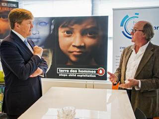 Sweetie Terre des Hommes seksuele uitbuiting Nederland Koning Willem Alexander