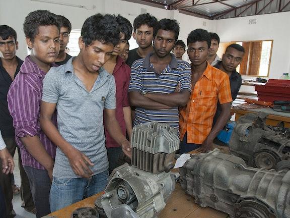 180 jongeren uit Bangladesh kunnen een beroepsopleiding volgen Terre des Hommes