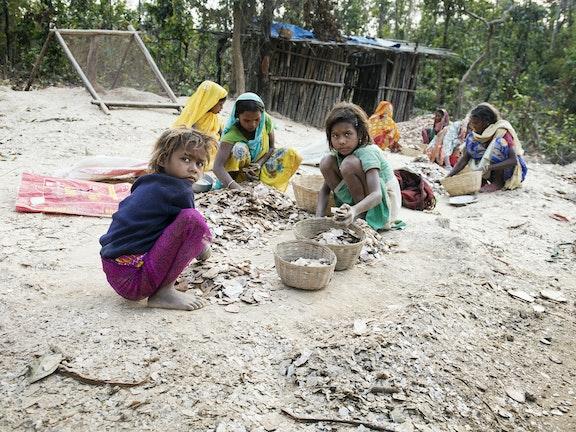Bedrijven te laks met kinderarbeid in mica-producten Terre des Hommes
