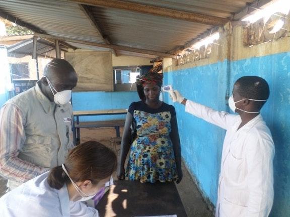 ebola_ramp_terre_des_hommes.jpg