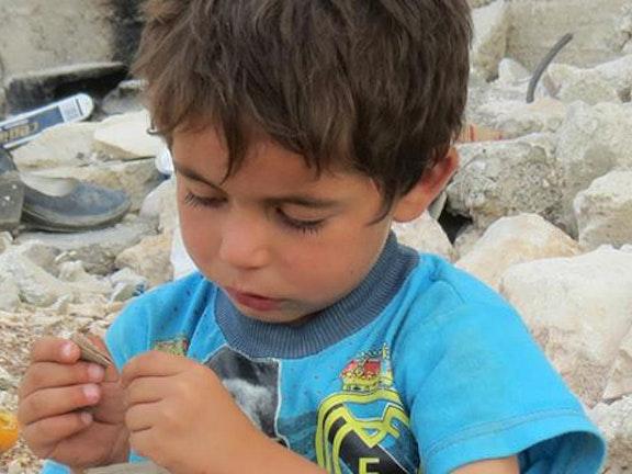Miljoenen kinderen uit Syrië groeien op met oorlog.