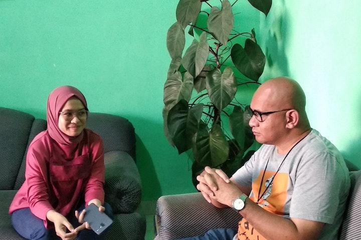 "Retno Ekaresti Permatasari or ""Eka"" is a social worker from Yayasan Embun Pelangi (YEP), Terre des Hommes Netherlands' partner in Batam, Indonesia."