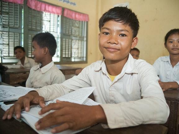 Van kindarbeider tot computerprogrammeur Terre des Hommes Cambodja kinderarbeid