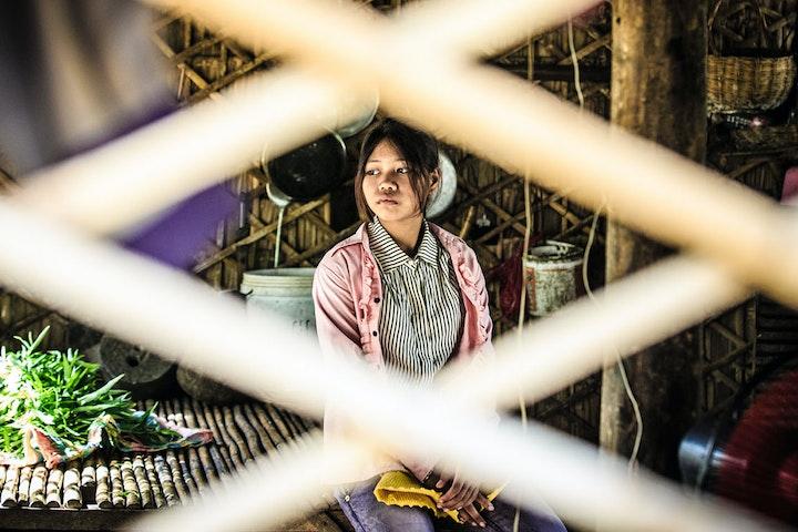 """""""Ik werd geslagen omdat ik de wasmachine kapotgemaakt had"""" Terre des Hommes kinderhandel Filippijnen"""