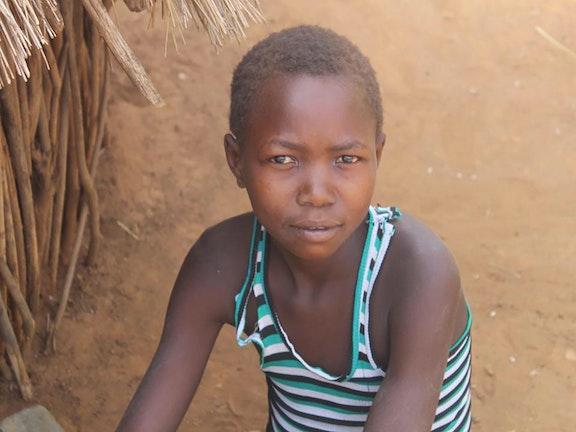 """""""Ik zag vrienden onder het zand verdwijnen"""" kinderarbeid Oeganda Terre des Hommes"""