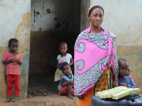 Vulnerable families at the Kenyan Coast are supported with cash transfers