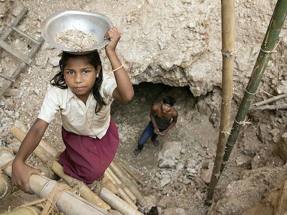 Winning van mica in India. Foto uit 2018 door Mayank Soni/Terre des Hommes
