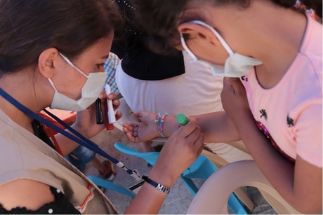 Hulpverleenster van Terre des Hommes Italie in Beirut, drie weken na de explosie van 4 augustus
