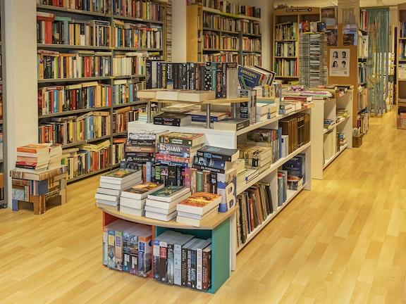 Oosterhout boekenwinkel interieur