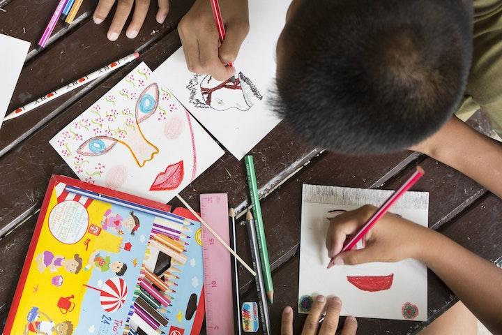 Kinderen creëren hun eigen gezicht