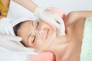 Imperfection-Banishing, Brightening & Beautifying: The Benefits of Skin Peels