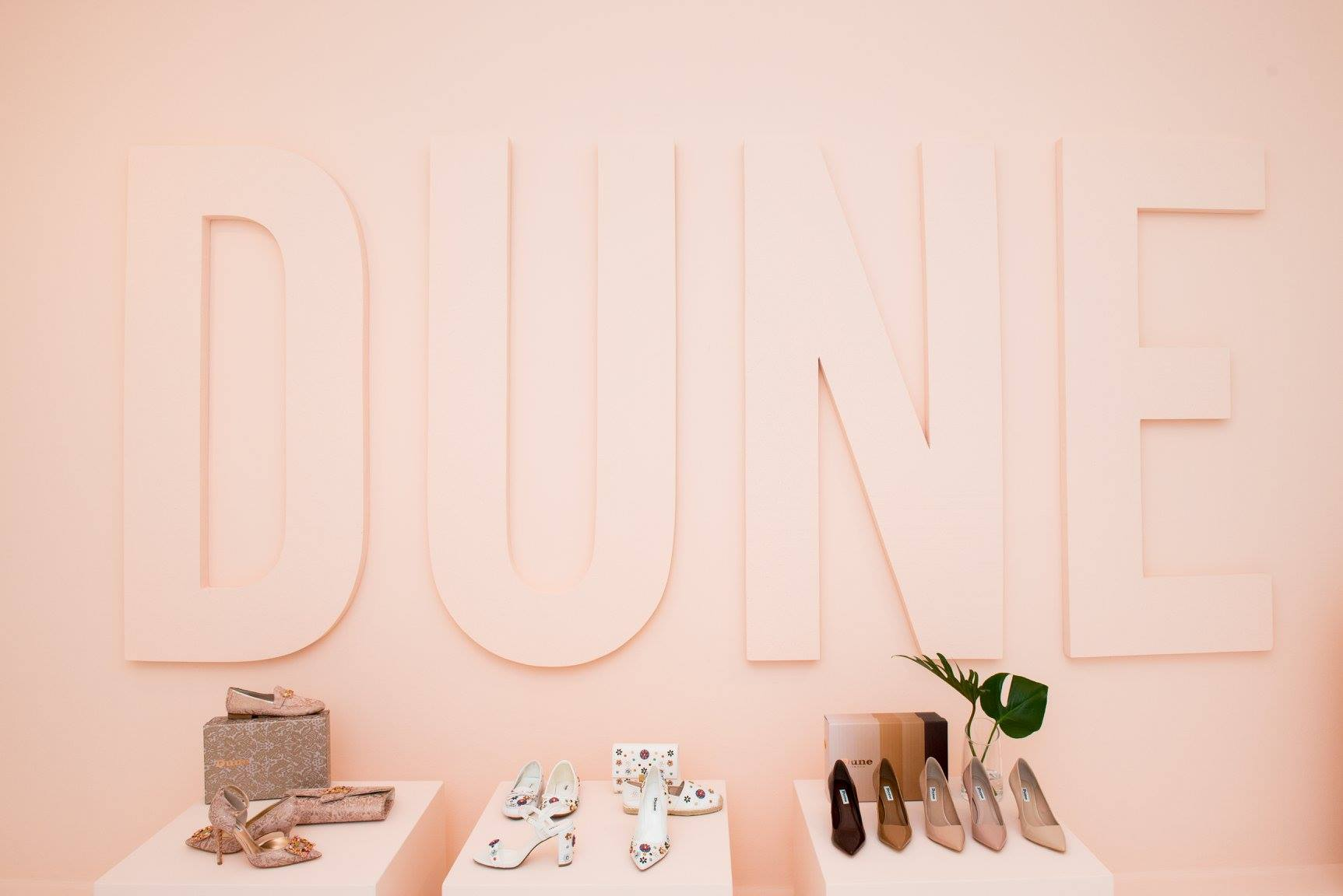 Dune London SS Collection - Nude