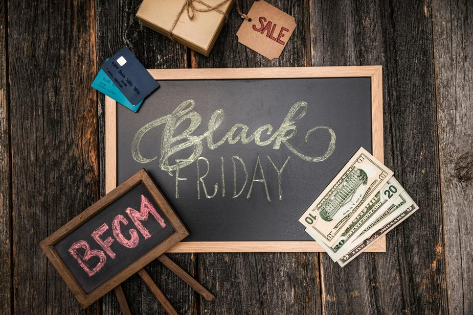 black friday tips signs