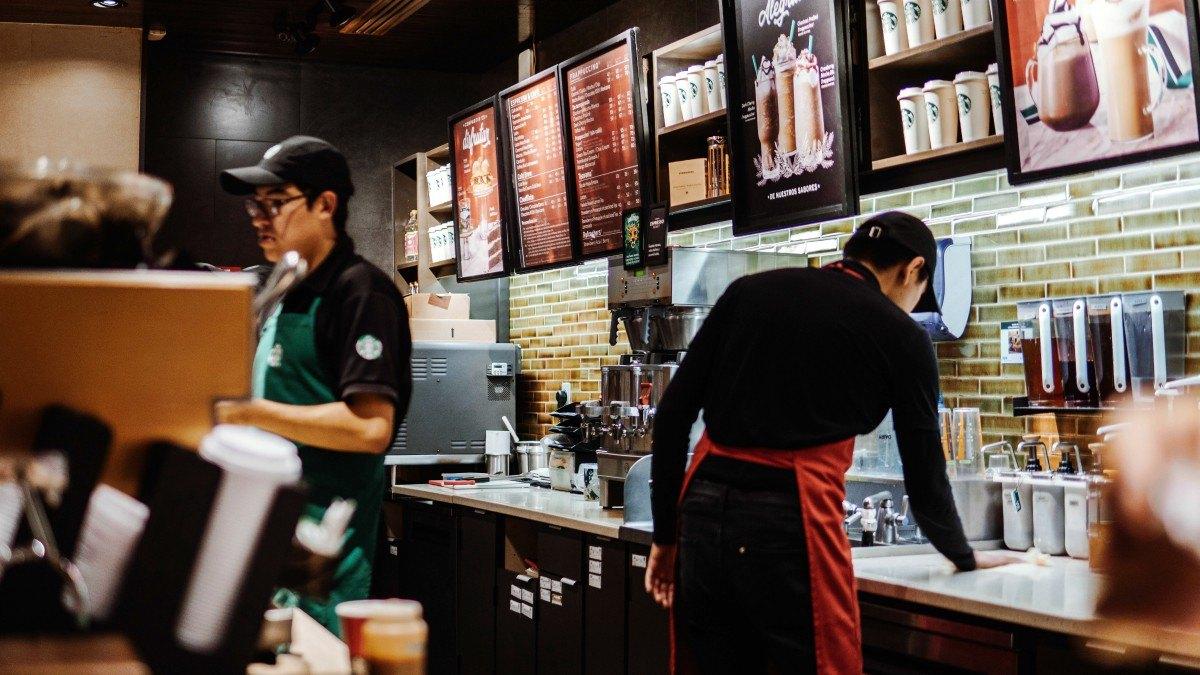 Starbucks - Ejemplo de benchmarking funcional exitoso