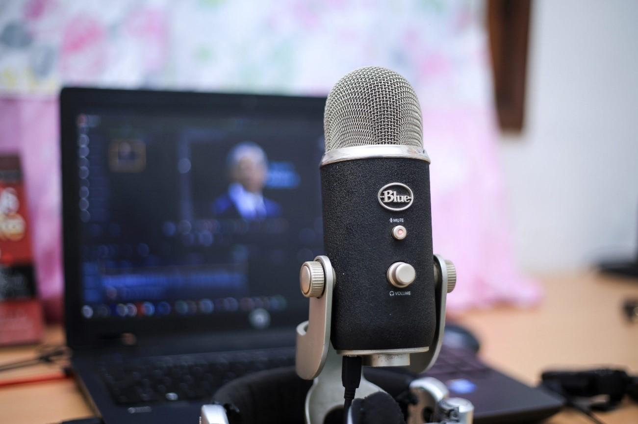 Como criar webinar: microfone e outros equipamentos