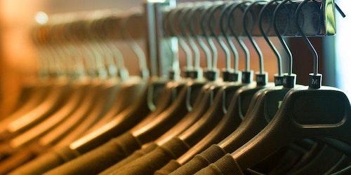 40 templates e mockups de camisetas para lojas virtuais
