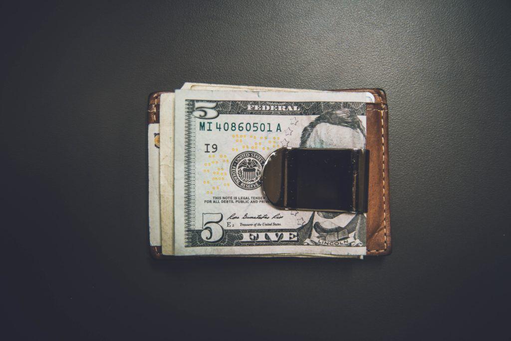 É verdade que não dá para vender quando o dólar está alto?