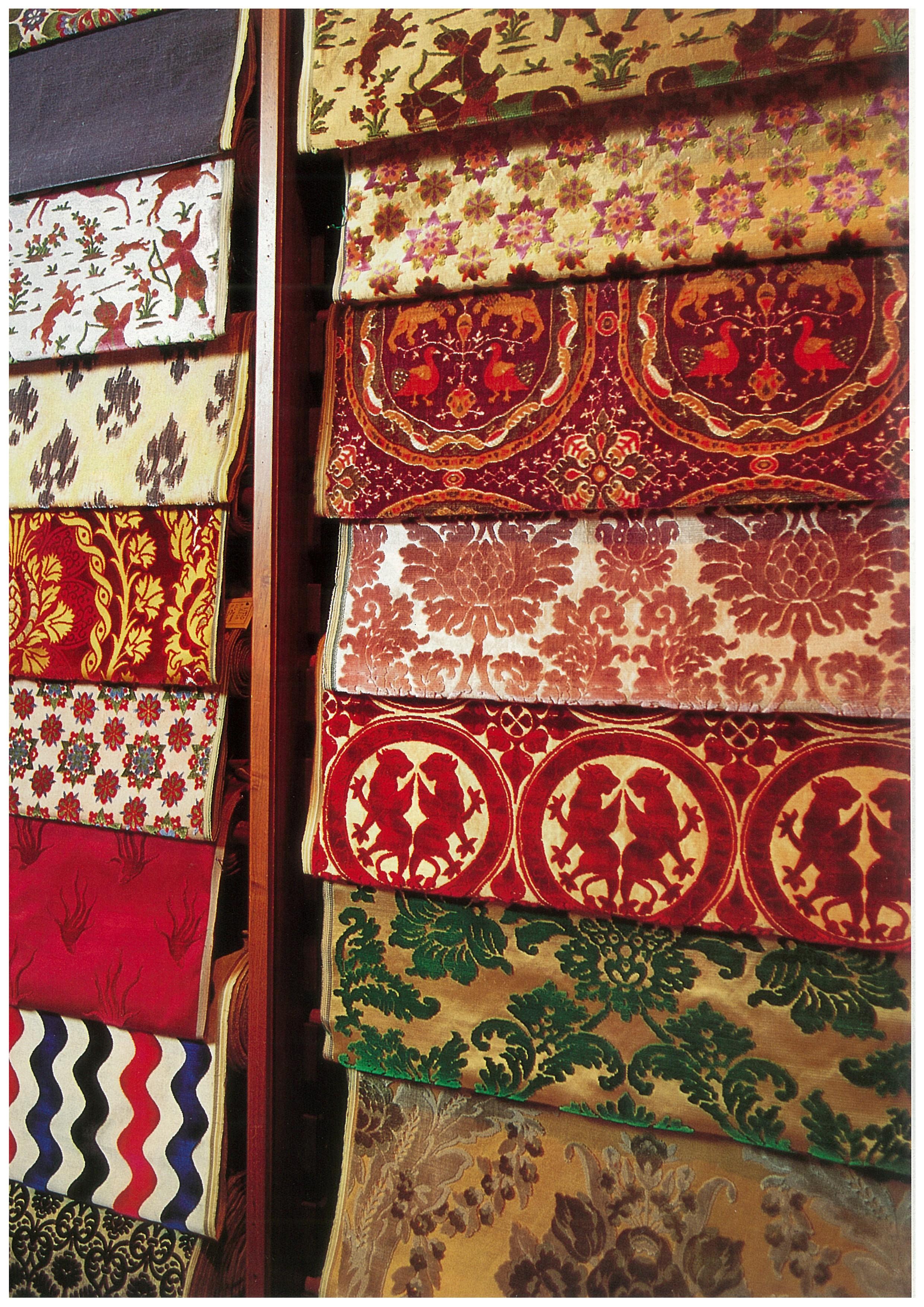 Giuseppe lisio tessitore di ogni colore fondazione lisio for Scampoli tessuti arredamento