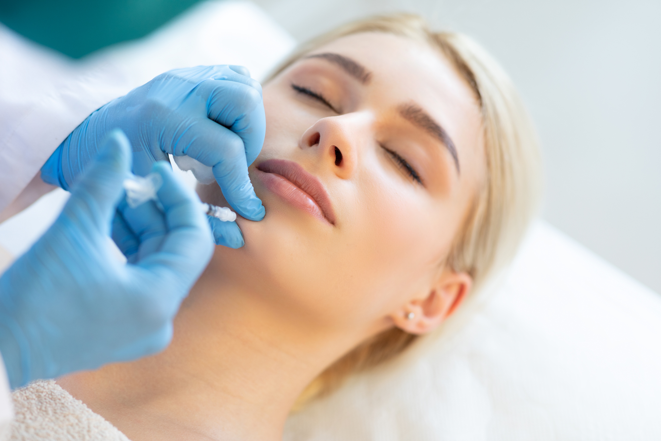 Cynthia M. Poulos MD Blog | What To Expect When Getting Botox Injections For The First Time?