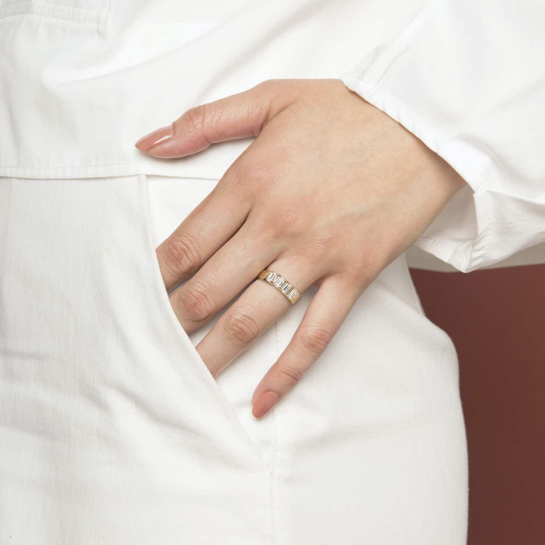Closeup image of Diamond Tetrad