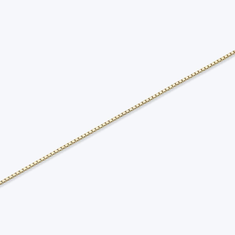 Closeup image of Silk Box Bracelet