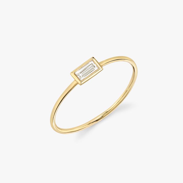 Closeup image of VRAI Bezel Ring