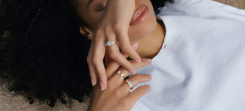 Lab grown diamonds, Rings featuring lab grown diamonds