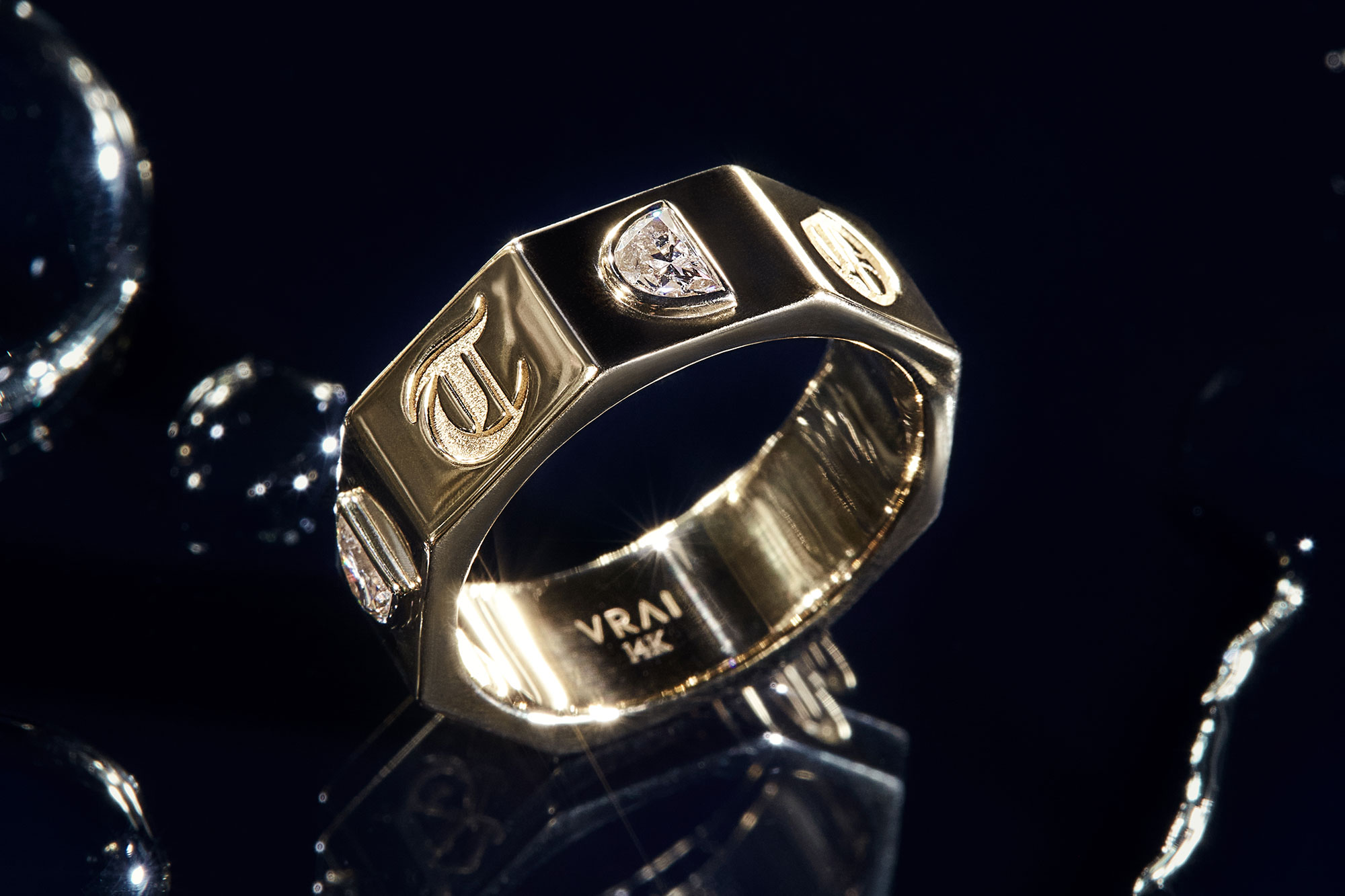 RandM Yellow Gold contract ring with lab-grown diamonds