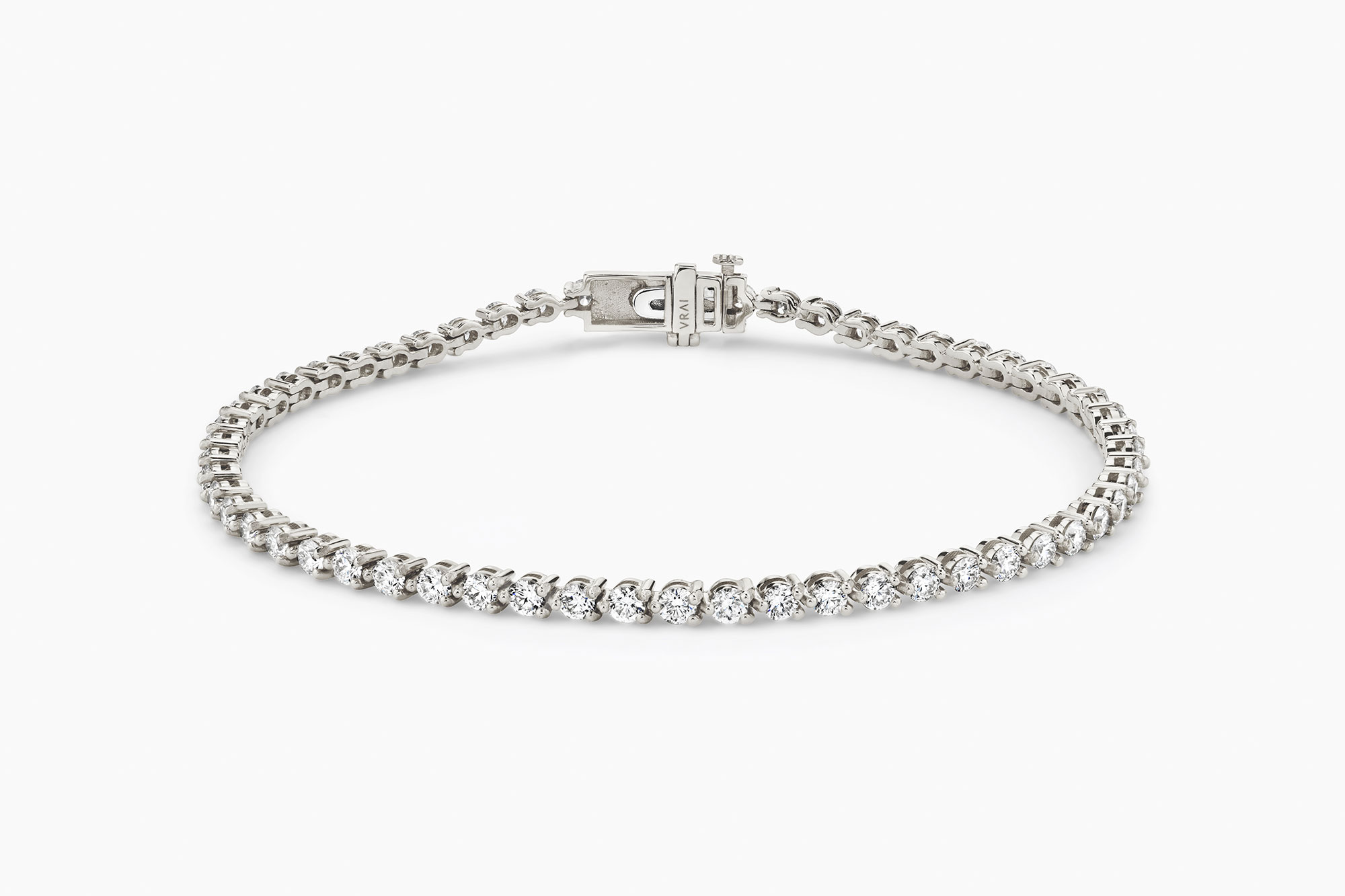 lab-grown diamonds, tennis bracelet, summer style
