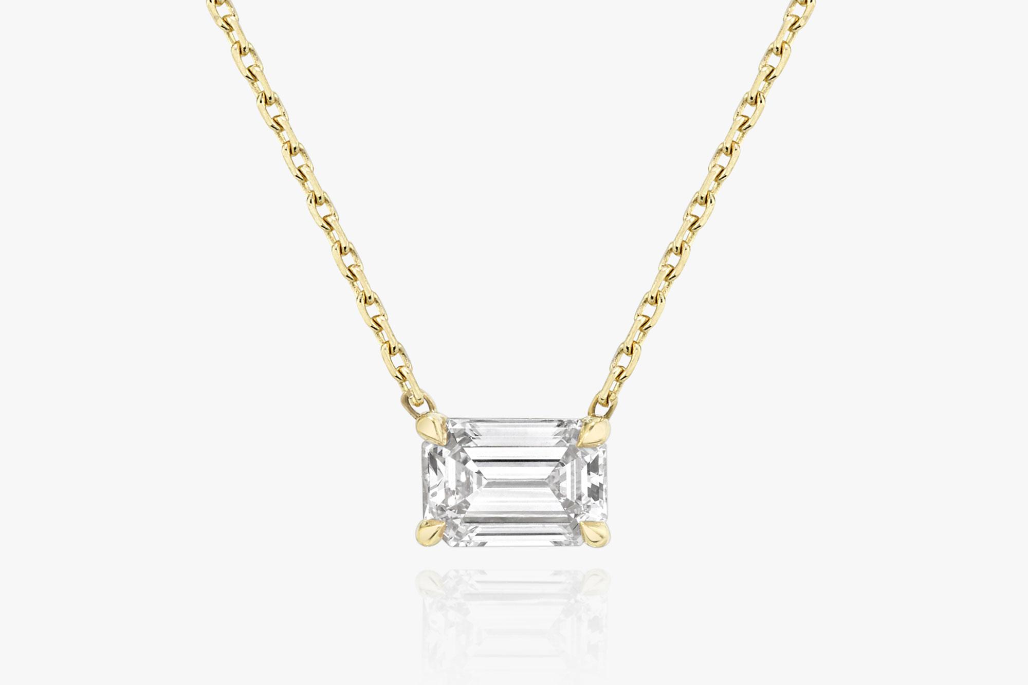 Lab grown diamonds, emerald shape diamond, yellow gold