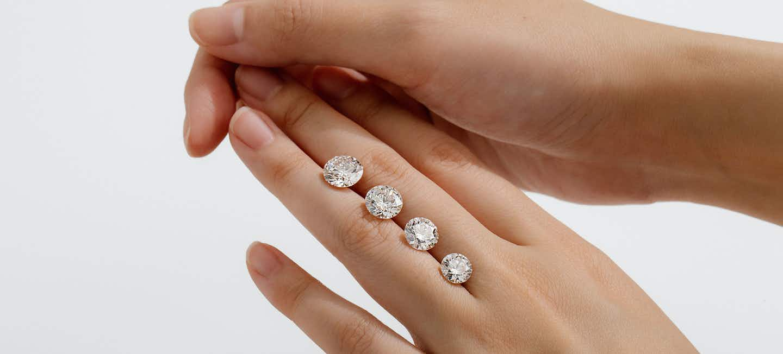 Custom engagement rings, lab-grown diamonds