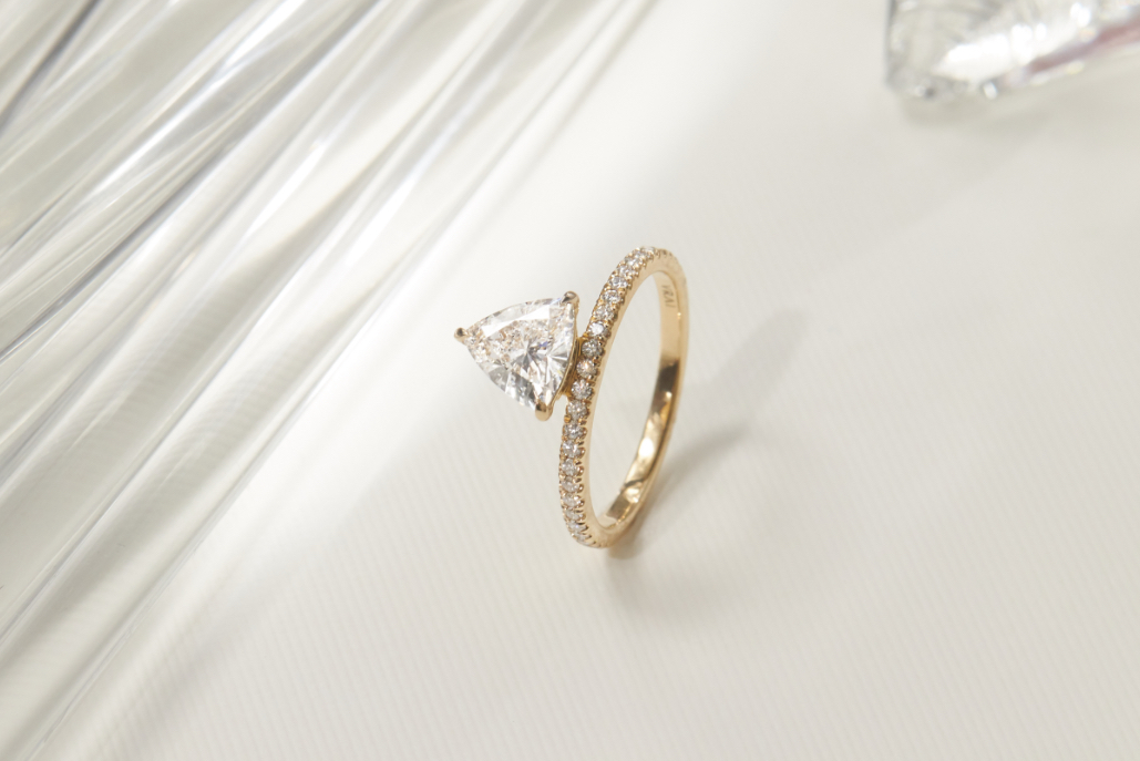 The Hover engagement ring