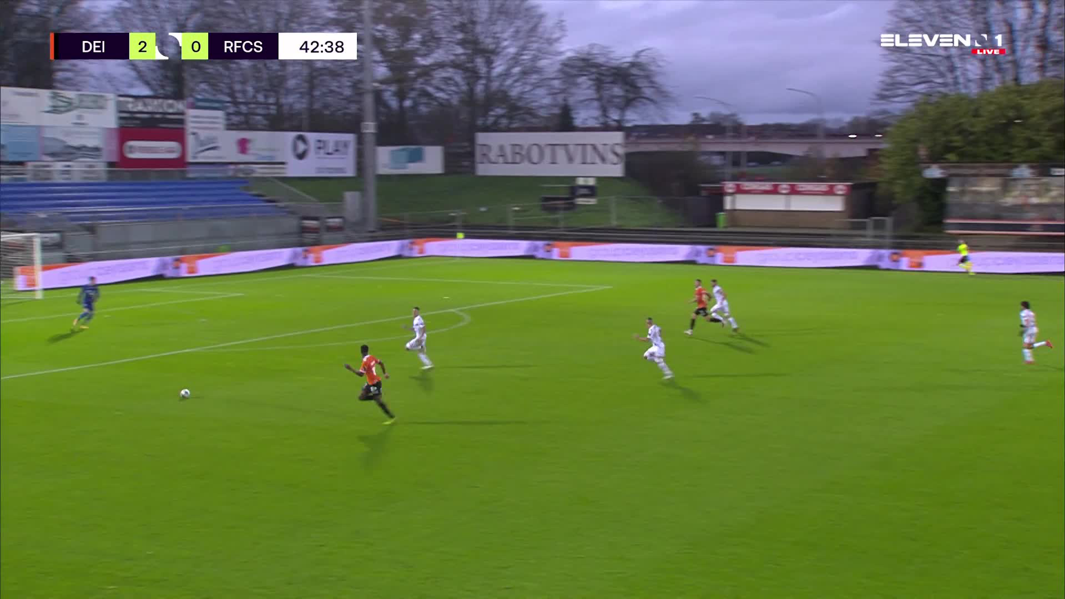 But Youssef Challouk (KMSK Deinze vs. RFC Seraing)