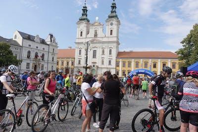 Krajem vína - Na kole vinohrady Uherskohradišťska - zavírání cyklostezek