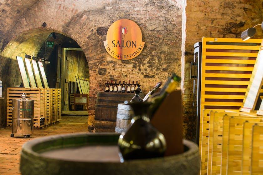 Salon vín