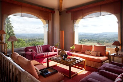 The Belvedere living room, with a 360-view of Chianti