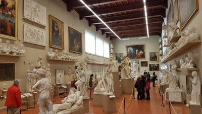 1589448516 accademia gallery side